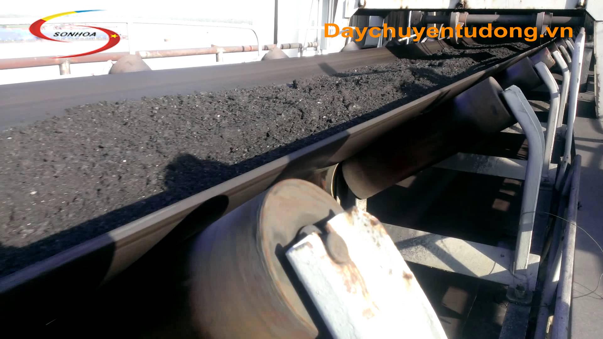 Máy định lượng Than và Đất trong sản xuất Gạch