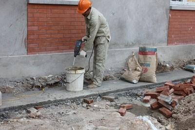vữa khô dùng trong xây dựng