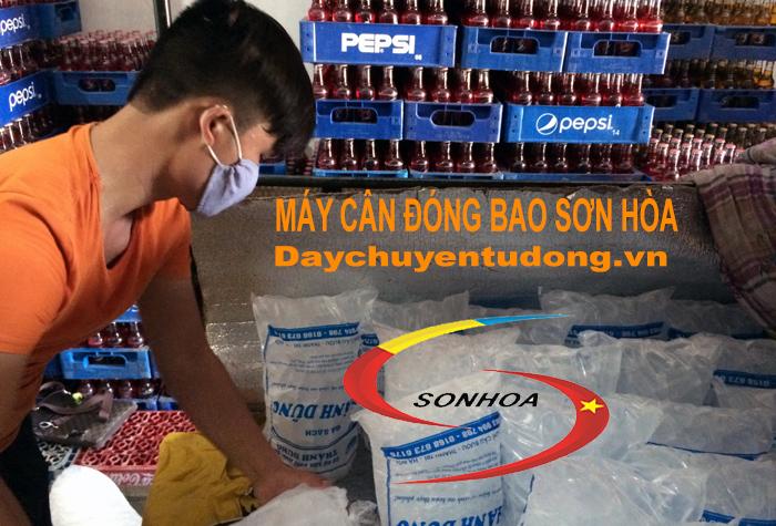 Máy đóng gói đá viên Sơn Hòa