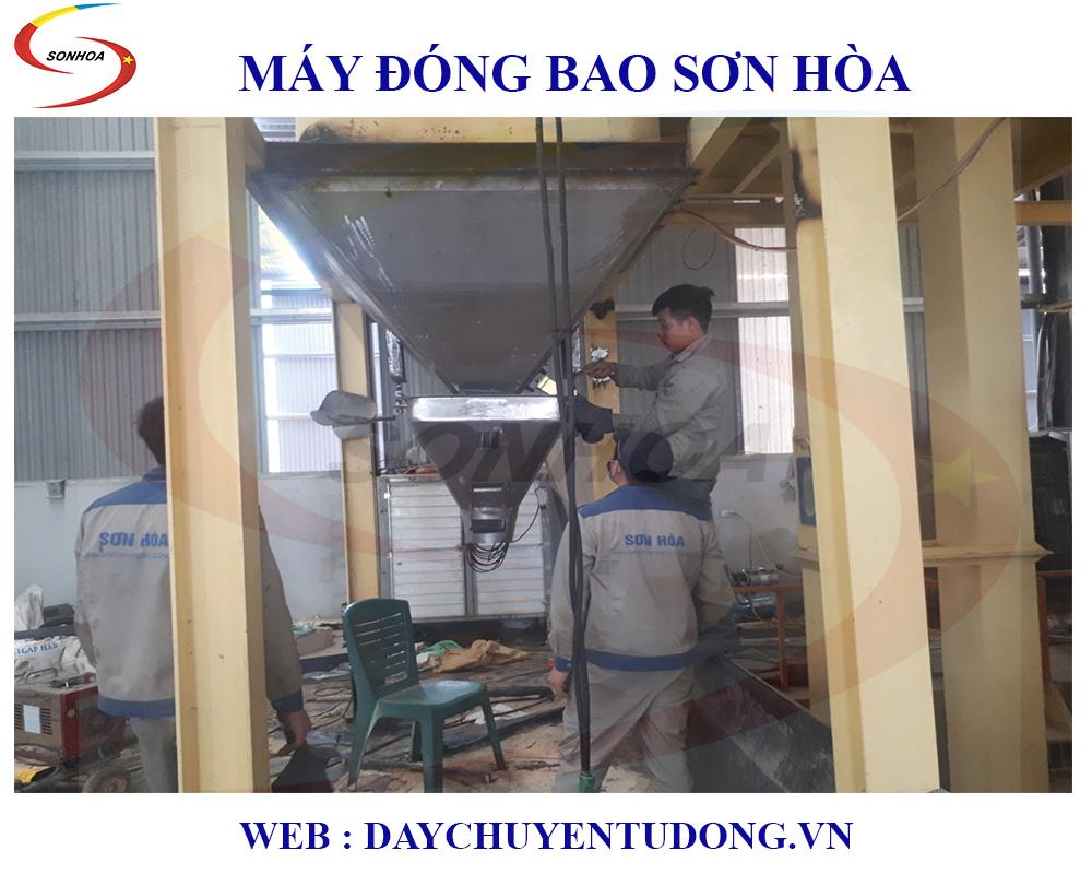 Lắp Đặt Cân Đóng Bao Cám Ngô Năng Suất 10t/h - Móng Cái Quảng Ninh