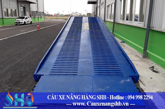 Lắp đặt cầu container 8 tấn tại Ninh Bình