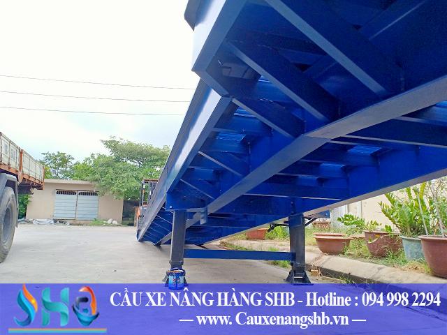 Cầu nâng hàng lên Container 10 tấn Đông Anh - Hà Nội