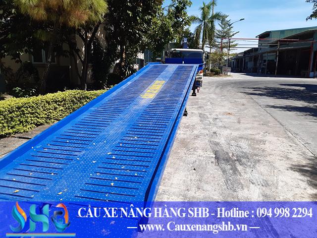 Xuất bán cầu dẫn xe nâng 10 tấn Quảng Ninh